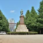 靖国神社に大村益次郎の銅像があるのはなぜ?